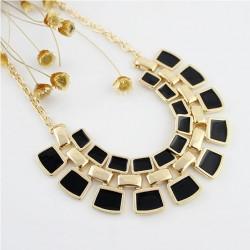 New Gold Alloy Fashionable Hollywood Fashion Black Stone Necklace