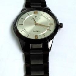 SONA Fastrank Black color round Stylish Men Wristwatch